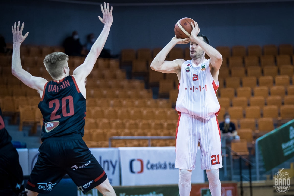 Александър Янев с чудесно представяне при нова победа на Бърно в Чехия