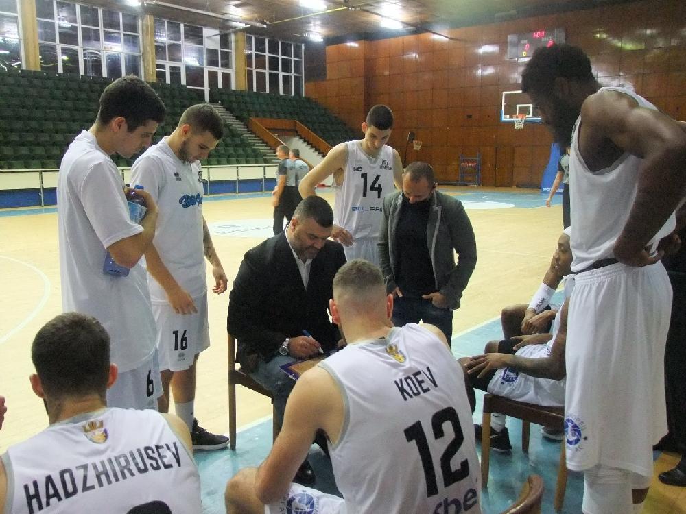 Васил Евтимов: Моят отбор не заслужаваше да спечели този мач